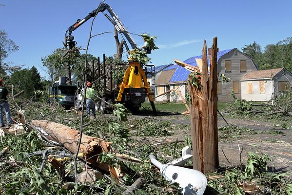 Willard Rd, Sturbridge, MA cleanup.
