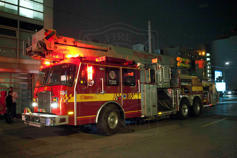 Tower 333 on the scene of high-rise alarms at 50 Lombard St.<br /> <br /> Photo by Kevin Hardinge