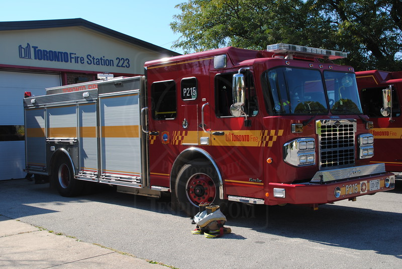 New Pumper 215 at Station 223.<br /> <br /> Photo by Larry Thorne