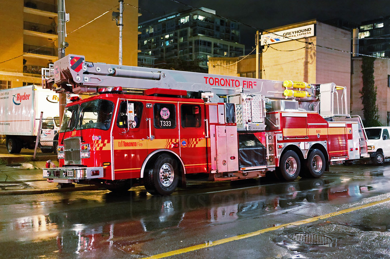 Tower 333 at an alarm call on Front St. East, july 23, 2011.<br /> <br /> Photo by Kevin Hardinge