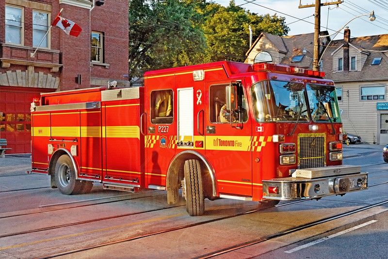 Pumper 227 returns to quarters from a rubbish fire at Queen & Courcelette.<br /> <br /> Photo by Kevin Hardinge