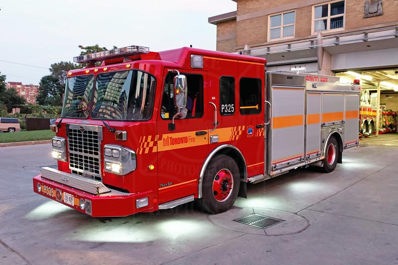 Pumper 325's new rig entered service August 16, 2011.<br /> <br /> Photo by Kevin Hardinge