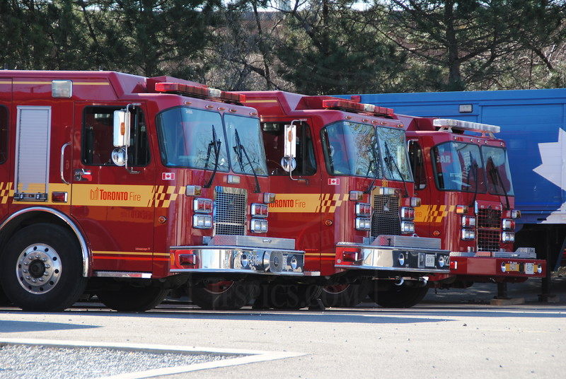 P315, R225, and R411 at Special Ops Training.<br /> <br /> Photo by Larry Thorne