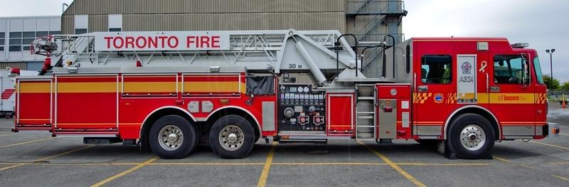 http://www.tfspics.com/Toronto-Fire-Miscellaneous/Toronto-Fire-Miscellaneous/i-55XPQQ6/1/L/KN3_7420-CR-L.jpg