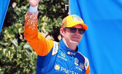 Scott Dixon occupies the Second spot on the grid.