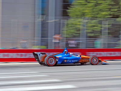 Scott Dixon has regained second place after pitting.