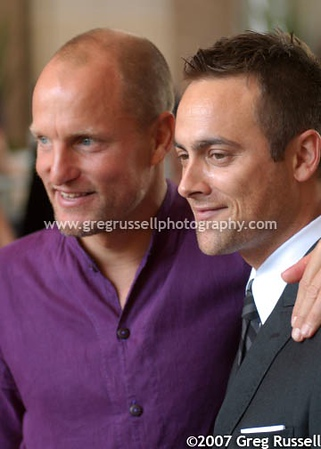 Stuart Townsend and Woody Harrelson