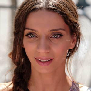 Angela Sarafyan