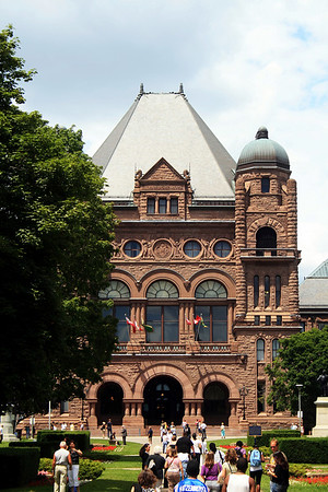 Queen's Park and Tour of the Legislature