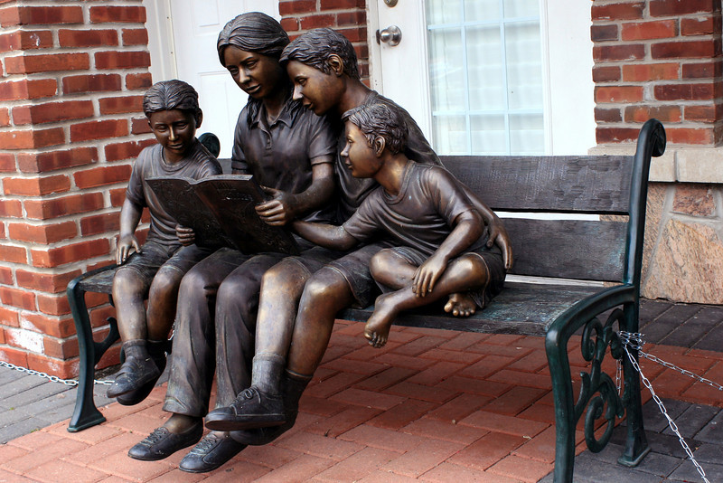 Kleinburg - Learning to Read