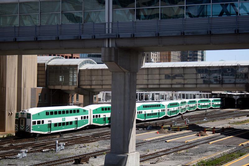 GO Train and Bridges