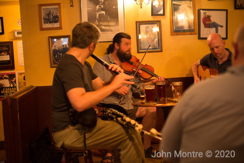 Jam session at Dora Keogh Irish Pub