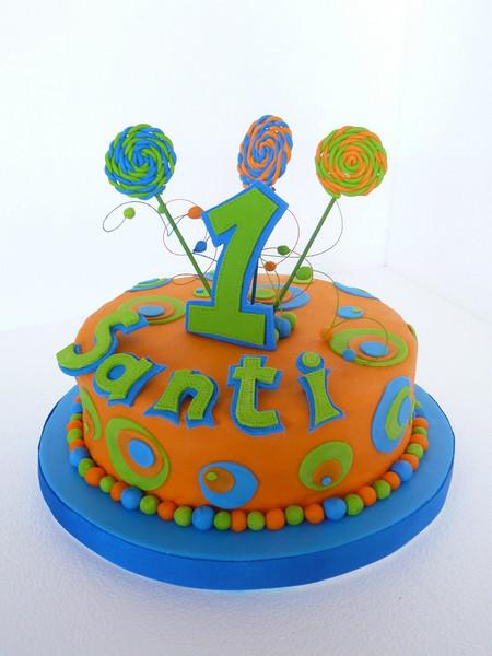 El primer añito, torta muy colorida y divertida.