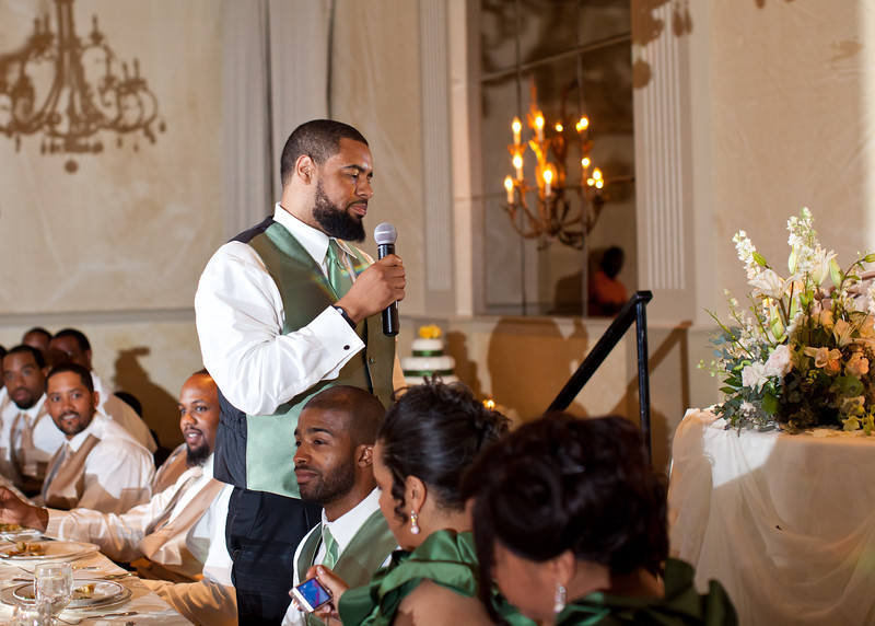 A speech for the bride and groom!