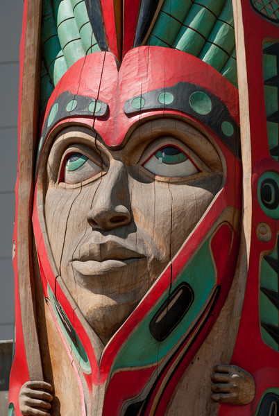 Donny Barnell totem at Indian Cultural Center (Haida)