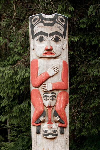 Pole near entrance to Sitka National Historical Park.