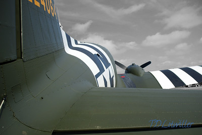 Douglas C-47 in D-Day markings @ Sun n Fun airshow 2013
