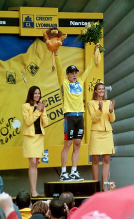Stage 19 - Pornic to Nantes TT - Woo Hoo - Lance Armstrong clinches his fifth TdF victory