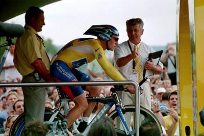 Prologue TT - Paris - Lance - count down to start