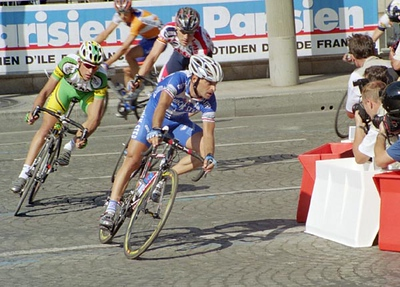 Stage 20 - Champs-Elysees Paris - Paolo Bettini leads Axel Merckx