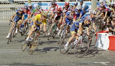 Stage 20 - Champs-Elysees Paris - Jose Azevedo leads Lance Armstrong
