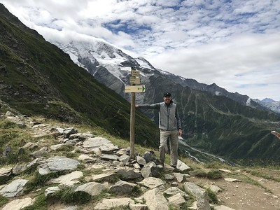 Day 2: Hiked below the tumbling Bionnassay Glacier to Les Contamines.