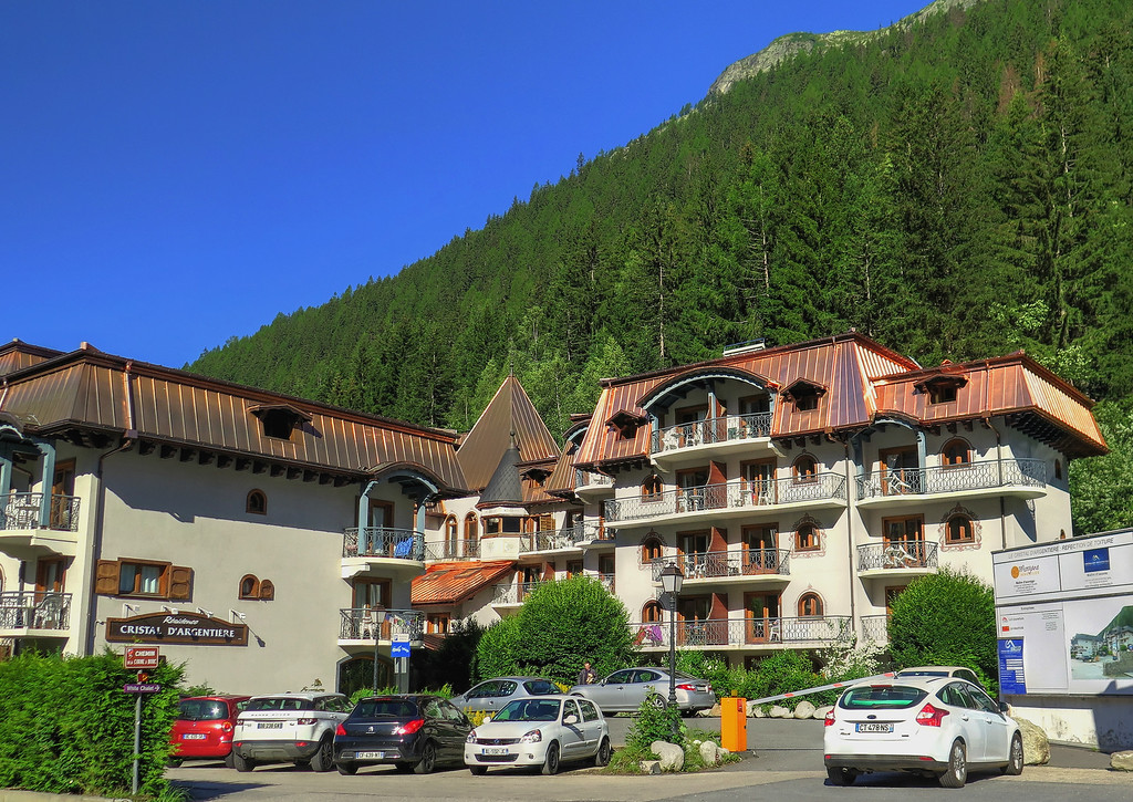 Near the bus stop in Argentière this hotel had a beautiful copper roof