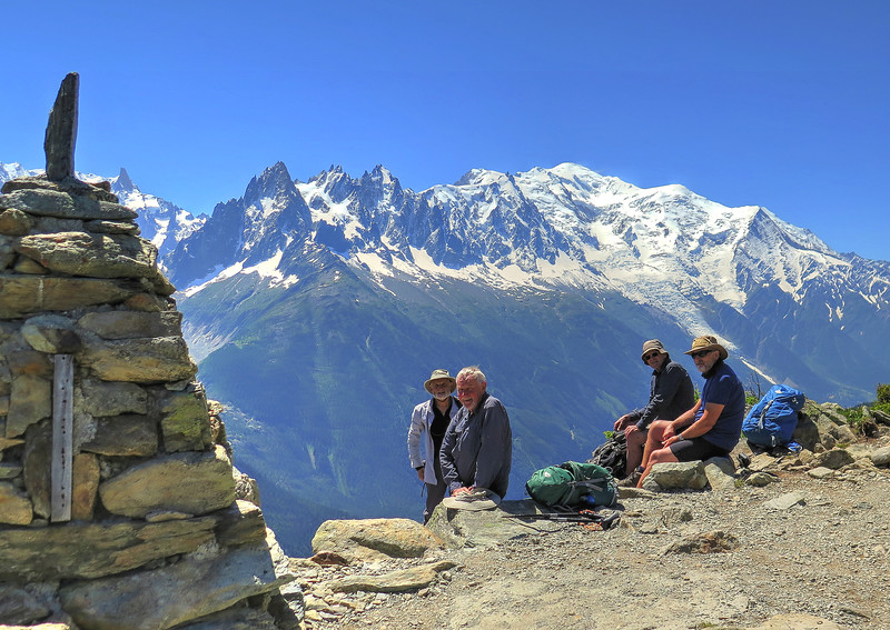 The large cairn at Tête aux Vents (2132m) and time for a well deserved rest and drinks