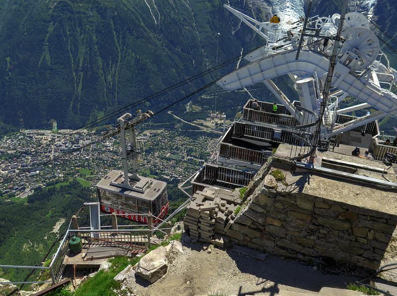 The Brévent cable car station (2525 m)