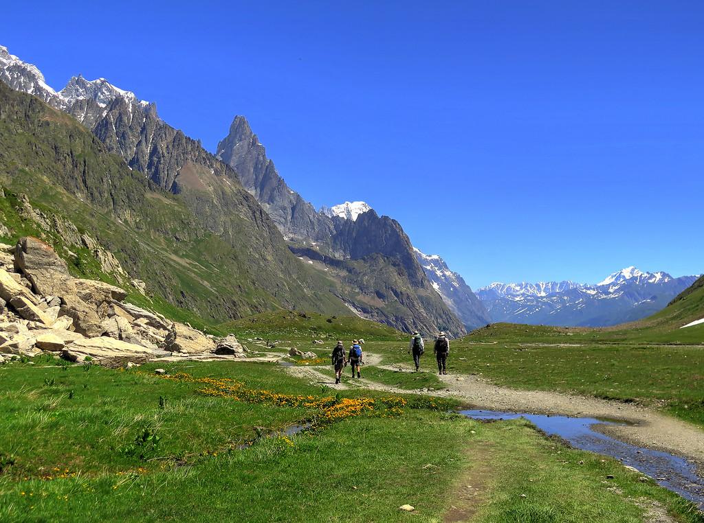 The long walk through the Val Veni as we approach Cormayeur