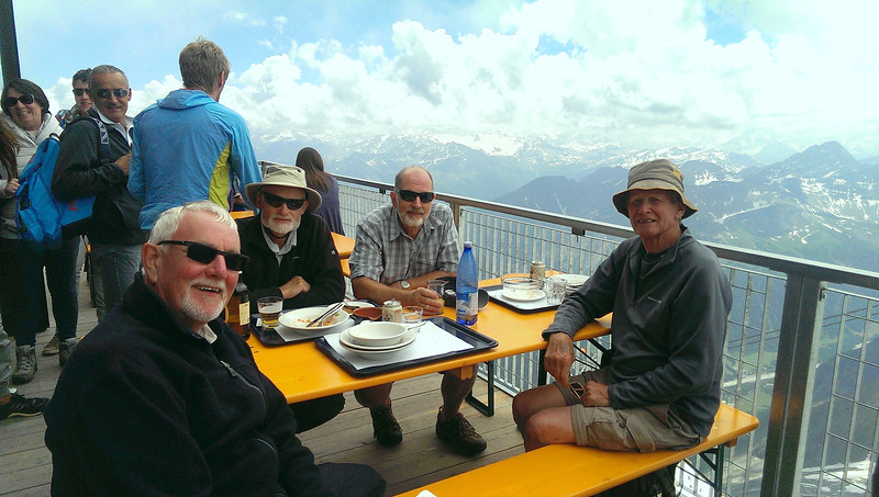 Time for lunch at the Rifugio Torino