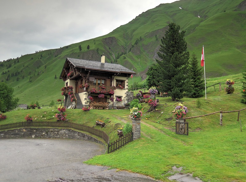 During our walk today we have passed into Switzerland and here is a chalet to prove it