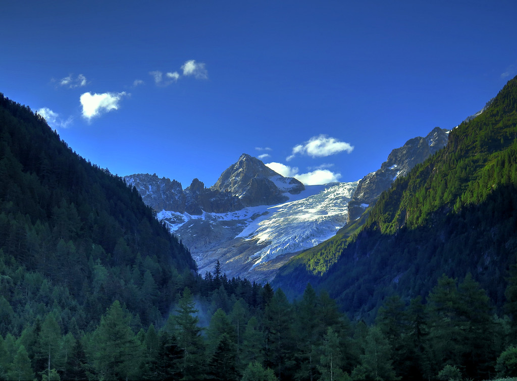 Enough of the views, time for the climb up to Col de Balme