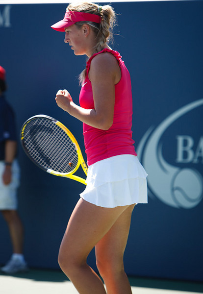 Victoria Azarenka as she proceeded to win the 2010 Bank of the West Classic.