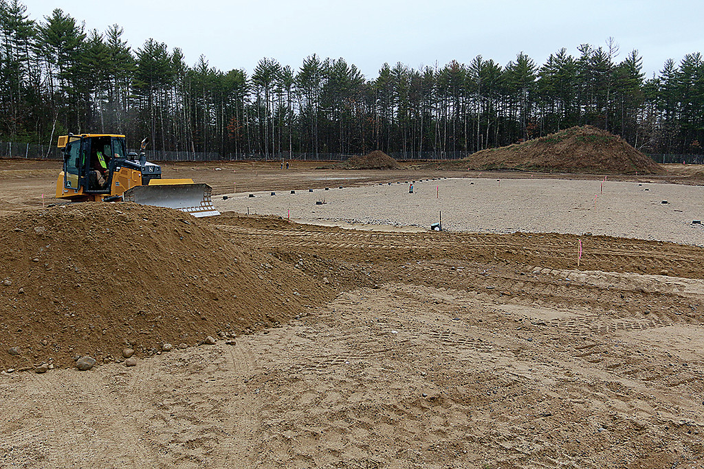 . This land next to the new North Middlesex Regional High School that will become the sports fields is still being worked on. SUN/JOHN LOVE