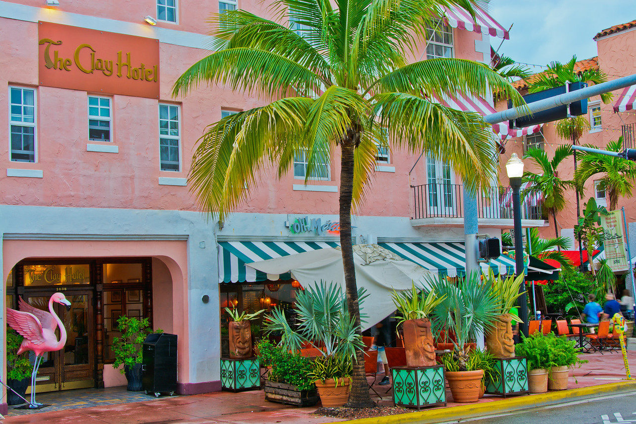 Miami Beach -- 380 miles -- 1268 photos_<br /> South Beach<br /> The Clay Hotel -- 3 nights