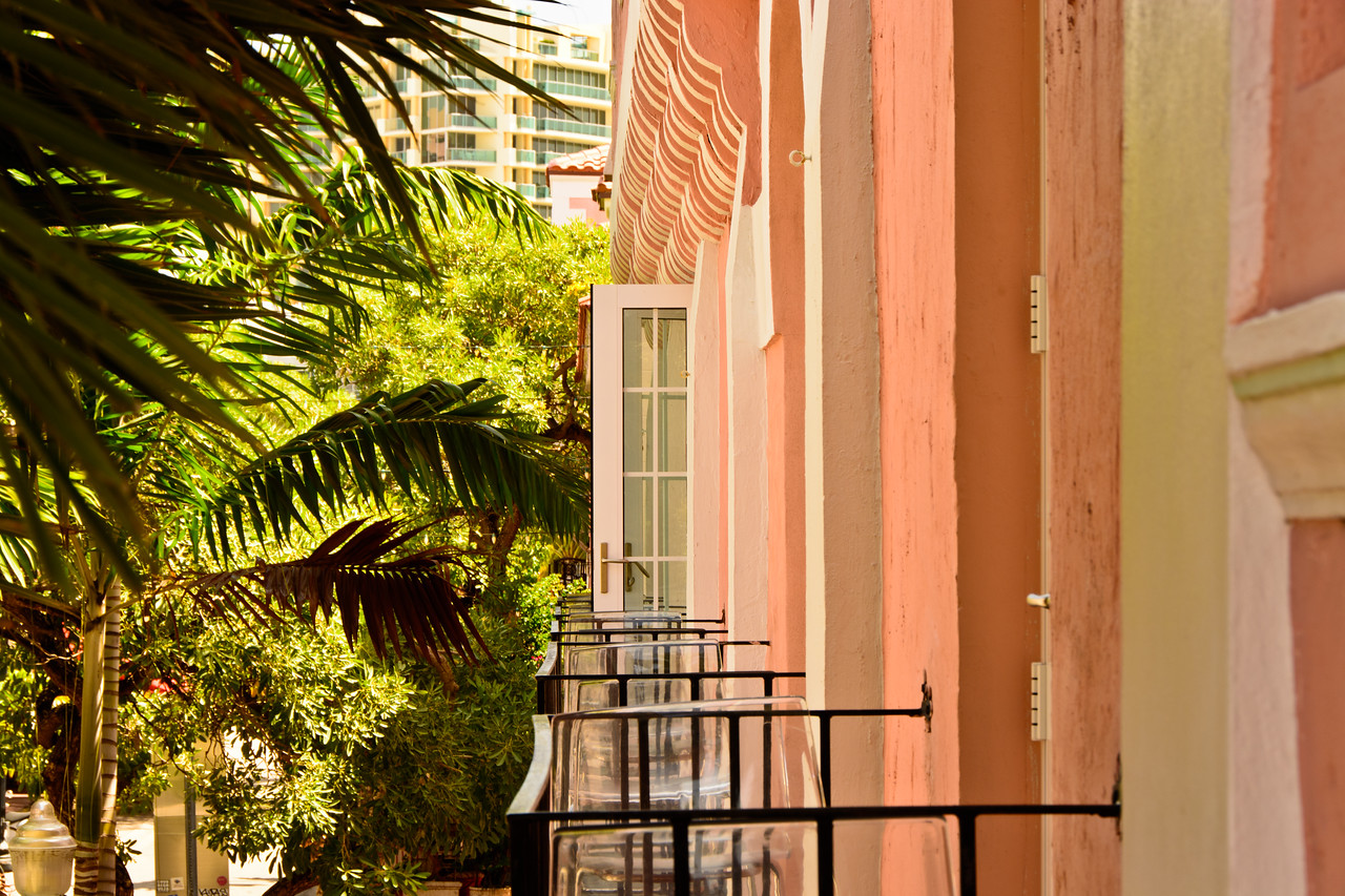 east view above Espanola Way