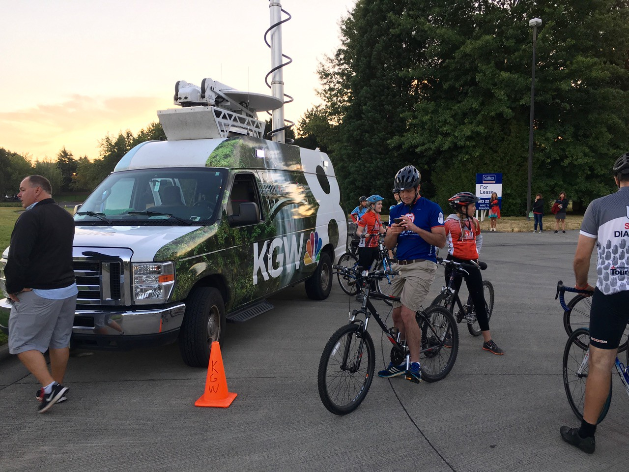 2016 TDC KGW8 Morning show with Drew Carney
