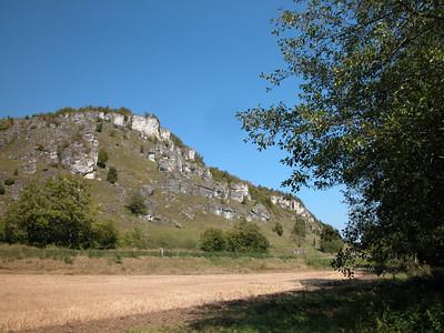Kletterfelsen bei Kallmünz - eine Attraktion für Kletterwillige. Alternative: Unser Kletterbaum: http://www.campingweichselbrunn.de/de/eigenschaften-angebot/klettern-im-baum-3.html