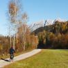 Nach St. Johann im Pongau; rechts das Tennengebirge