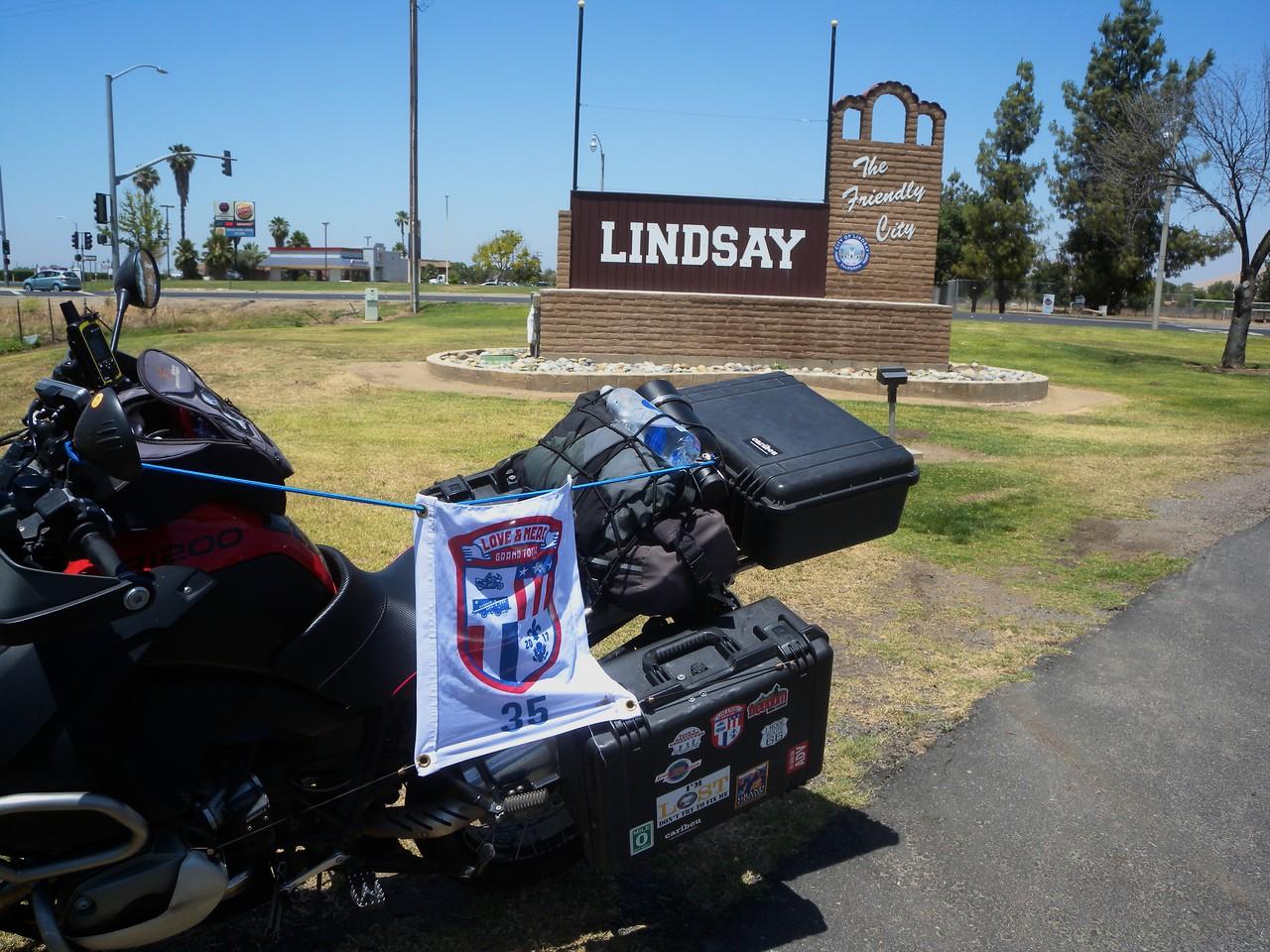 L Lindsay, CA