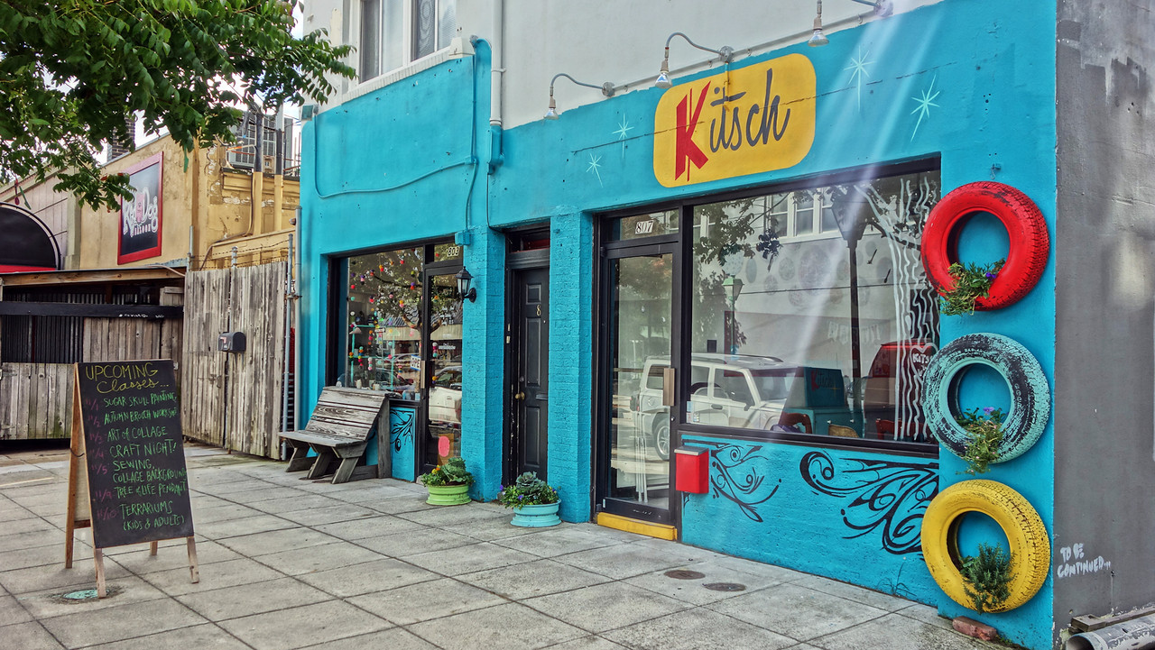 Kitsch on Shirley Ave