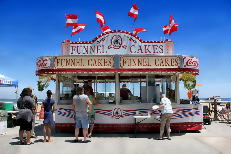 Granny's Funnel Cakes @ Boardwalk Art Festival