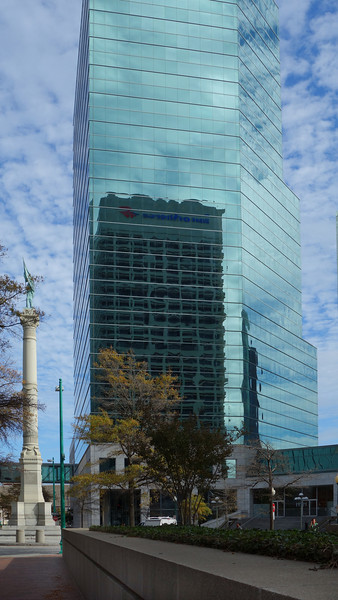 Norfolk Southern Tower and Conferderate Monument