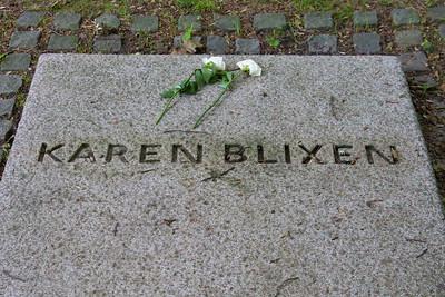Sankt Hans 2009 Karen Blixens grave