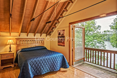 Upstairs bedroom with small porch overlooking Lake Murray
