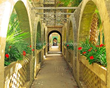 """""""Garden Gateway""""  MCWD016"""