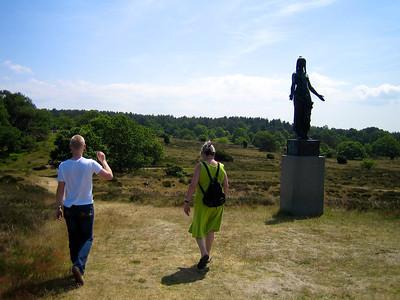 "I ""Rusland"" 2006 Rudolf Tegner statue"