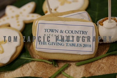 Town & Country - The Giving Tables