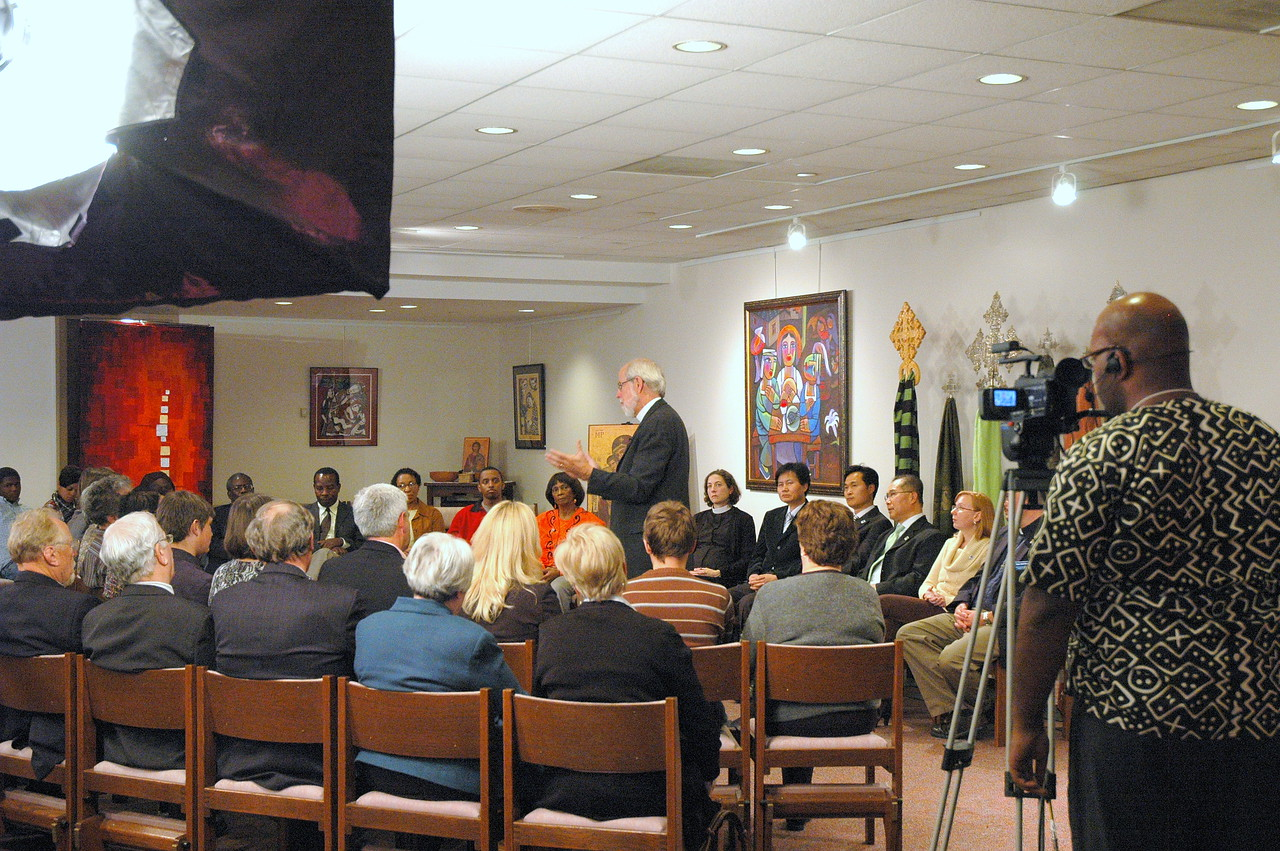 The scene in the Lutheran Center Chapel during the November 21, 2010 ELCA Online Town Hall Forum with Presiding Bishop Mark S. Hanson.